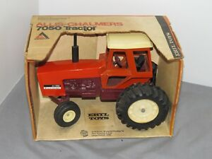 Vintage Allis Chalmers 7050 Maroon Belly Tractor 1/16 scale New in Original box