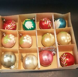 VINTAGE 1950's CHRISTMAS TREE DECORATIONS x 12 Glass