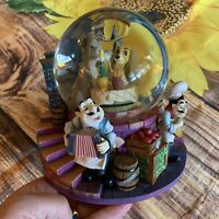 """Disney Lady and the Tramp Musical Light-up Snow Globe """"Bella Notte"""" LDM104"""