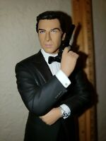 "James Bond Tomorrow Never Dies 8"" Pierce Brosnan statue figurine figure"