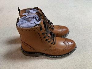 Find Myro men's heritage brogue boots   brown   size 6.5   new