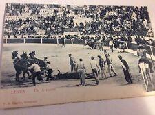 Vintage Spanish Bullfighter Postcard — Un Arrastre
