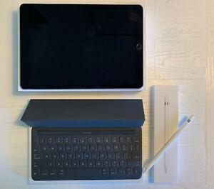 Apple iPad Pro 256GB, Wi-Fi, 10.5 in, Apple Smart Keyboard, Apple Pencil