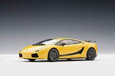 1:43 AutoArt Lamborghini Gallardo Superleggera METALLICO giallo ) per