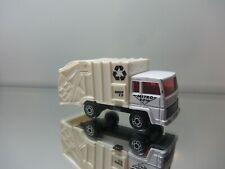 1980's Matchbox Refuse Truck - Unit 17 Metro DPW Tampos - HTF N.Mint Loose 1/64