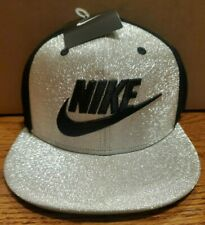 Nike Diamond Quest Football Snapback Hat Metallic Silver Black 745528-095 NEW x