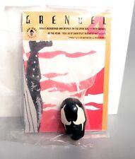 1992 Matt Wagner Grendel Sculpted Pin & Bisley Collector Cards Dark Horse Comics