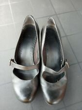 CLARKS BLACK LEATHER MARY JANE KITTEN HEELS SHOES size 6.5  EUR 39.5 work career