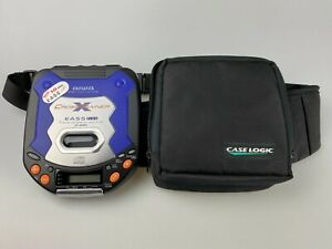Aiwa Portable CD Player XP-SP800 Cross Trainer w/case TESTED and Working