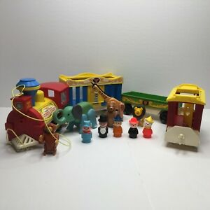 Vintage Fisher Price Little People Circus Animal Zoo Train Play Set Pull Toy