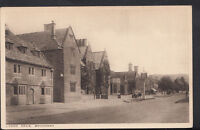 Worcestershire Postcard - Lygon Arms, Broadway     RS4016