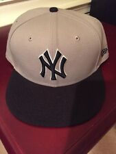 New Era 59FIFTY NY New York Yankees Fitted Cap Hat  7 3/4 NAVY BLUE / Gray Grey