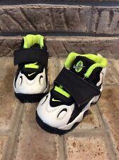 Nike Air Speed Turf Toddler Boys Shoes 4C White Black Neon 535737 101