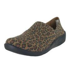 $80 size 5.5 Clarks sillian Firn Leopard Loafers Slip On Womens shoes