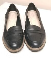 Women's Size 8.5 Clarks Somerset Black Penny Loafer Shoes