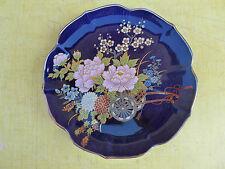 Ancienne petite assiette bleu nuit à décor de charette de fleur  art populaire