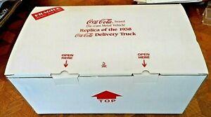 Danbury Mint 1938 GMC Coca Cola Delivery Truck w/cases of Coca-Cola NEW W/Box