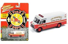 Johnny Lightning Fire Department 1990 GMC Step Van 1/87 (HO) Scale JLSP064