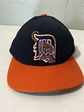 Vintage Embroidered DETROIT TIGERS MLB Black Orange Baseball Hat MADE IN USA