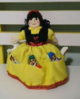 STORY DOLL SNOW WHITE LITTLE DWARVES IN DRESS WITH HOOK AND LOOP GROWING WORLD