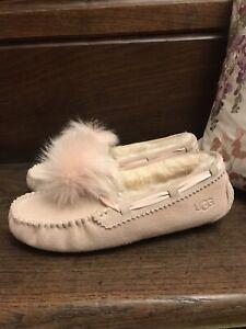 Genuine Dakota UGG Sheepskin Pink Pompom Suede Slippers NEW UK 5 Fit 4