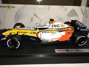 1:18 Hotwheels #K5451 Fisichella/Kovalainen Renault F1 Team Show Car #3 2007