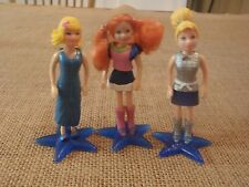 "Polly Pocket Lot 3 Dolls Stands Blue Clothes ""Colors of the Rainbow""  L13"