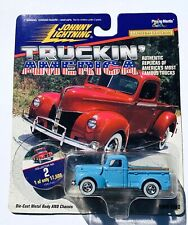 JOHNNY LIGHTNING TRUCKIN AMERICA 1940 FORD 1:64 SCALE