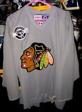 OLD STYLE CHICAGO BLACKHAWKS HOCKEY JERSEY BRAND NEW WITH TAGS MENS EXTRA LARGE