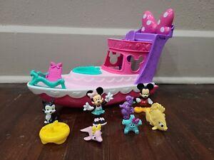 Disney Minnie Mouse Polka Dot Yacht Playset