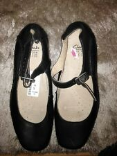 Clarks Ladies Shoes Size 5. Black Leather  NEW