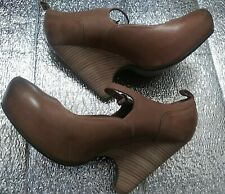 Max Studio Size 9.5 M  Dark Brown Leather Heels  Womens Shoes.