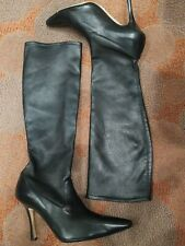 Manolo Blahnik 37 US 6.5 Women's Knee High Black Leather pointed toe Boots