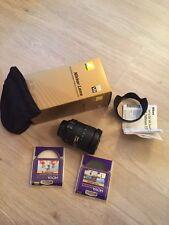 Nikon AF-S DX VR Zoom-Nikkor 18-200 mm f/3.5-5.6G IF-ED Plus Bonus di 2 FILTRI NUOVO