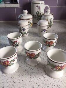 Villeroy & Boch Botanica (brown rim) footed egg cups (6)