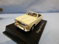 ATLAS 1:43 Cream 1950's Peugeot 403 Cabriolet French  Sports Car Diorama Toy