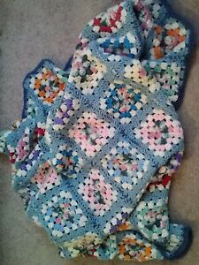 VINTAGE HAND MADE CROCHETED GRANNY SQUARES COLORFUL AFGHAN BLANKET-55X72-NICE