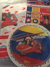 POSTMAN PAT PARTY Birthday TABLEWARE  8 PLATES  8 LOOT BAGS 1 PLASTIC TABLECOVER