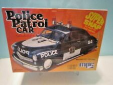 "MPC SUPER SNAP 1:25 SCALE "" 1949 MERCURY POLICE PATROL CAR "" MODEL KIT MPC-705"