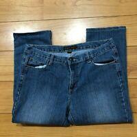 Bogari Women's Size 12 Medium Wash Blue Straight Cut Denim Jeans Capris Crop