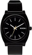 Relojes de pulsera Nixon de plástico