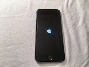 Apple iPhone 6s - 32GB - Silver (Unlocked) A1688 (CDMA + GSM) (AU Stock)