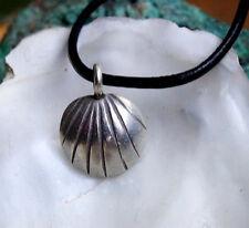 Klein Massiv Silber Anhänger Muschel Muster Handarbeit Kettenanhänger Antik Stil