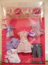 Barbie FASHION FEVER CLOTHES CLOSET MIX AND MATCH J6911