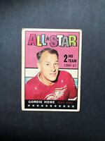 1967 Topps #131 Gordie Howe • All Star 2nd Team 1966-67 Detroit Red Wings