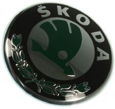 SKODA ROOMSTER PRAKTIK 06- Emblem Embleme Logo auf dem grill Neu Original