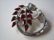 Trifari crown spilla argentata con strass argento e rossi anni '40 pat. pend.
