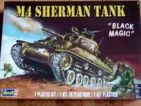 "Revell Monogram 1 :3 5 M4 Sherman"" Magia negra ""Tanque y figuras"