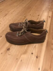 Clarks Soft Tread men's tan brown leather lace up shoes, size 9 G / Eur 43. New.