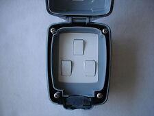 A Prueba De Agua Triple Switch De Mk - 10amp 2 Way ip56 Resistente Al Polvo, Interruptor-Gris